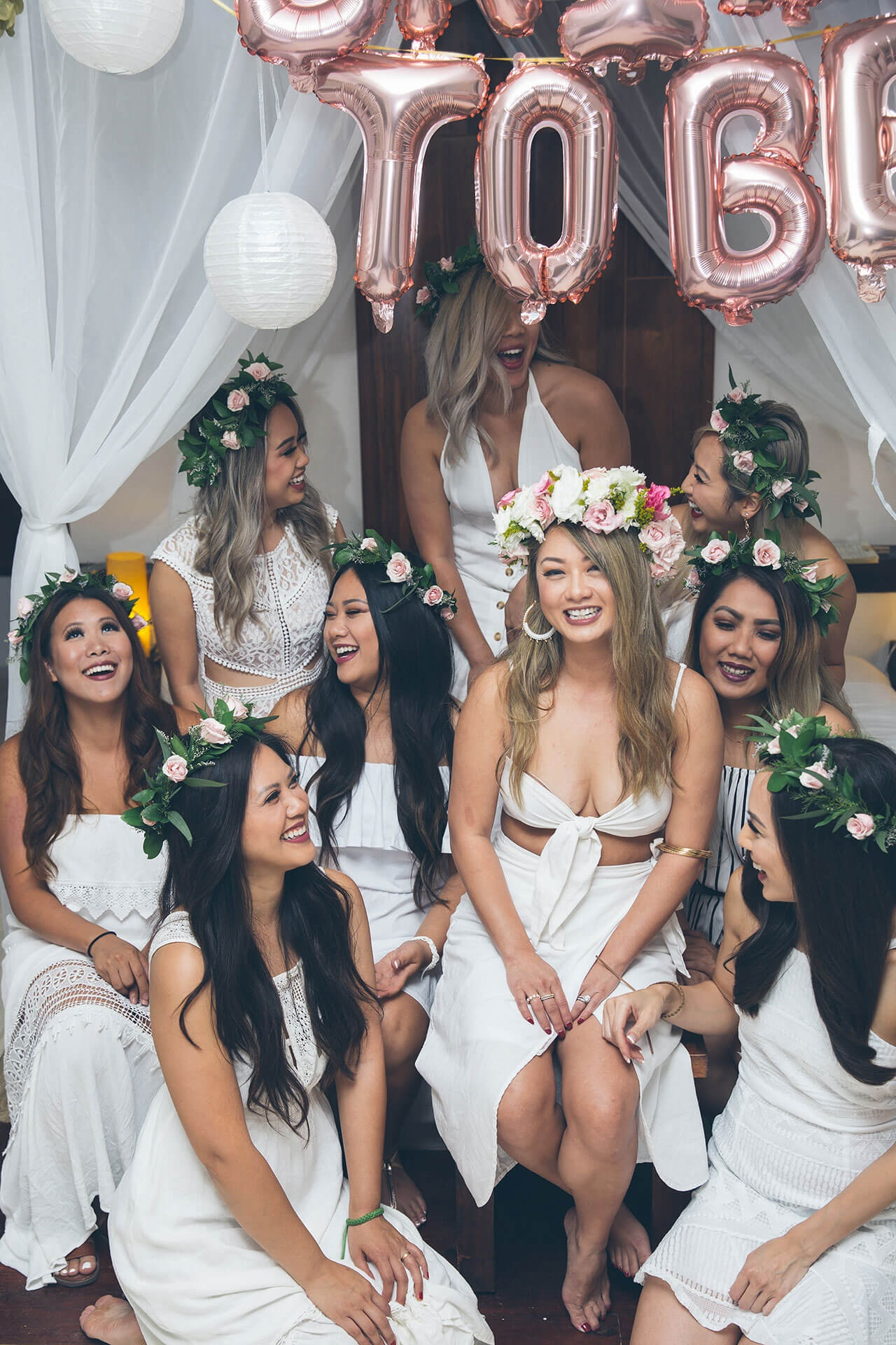 Flower crowns are not just a stunning accessory, but are a lot of fun and make for amazing pictures. Feel free to order flower crowns which will be delivered to your villa, condo, or hotel.