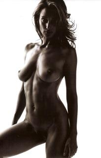 2005 00 Model Test Nude Mark Seliger-01.jpeg