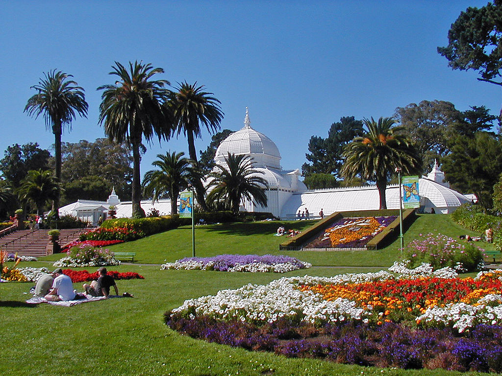 1024px-SF_Conservatory_of_Flowers_3.jpg