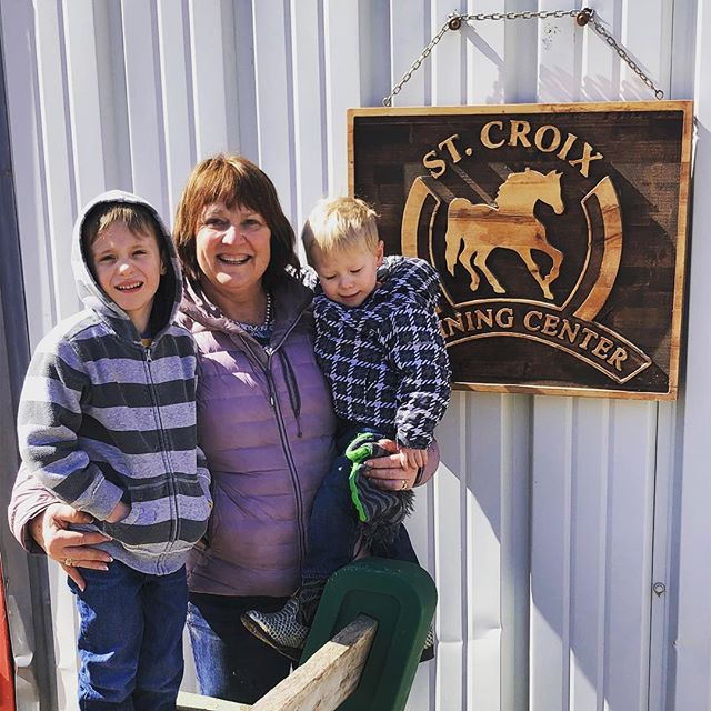 A day with the grandkids always includes some barn time!  Look at our beautiful new sign! Thank you to the Timmons ❤️
