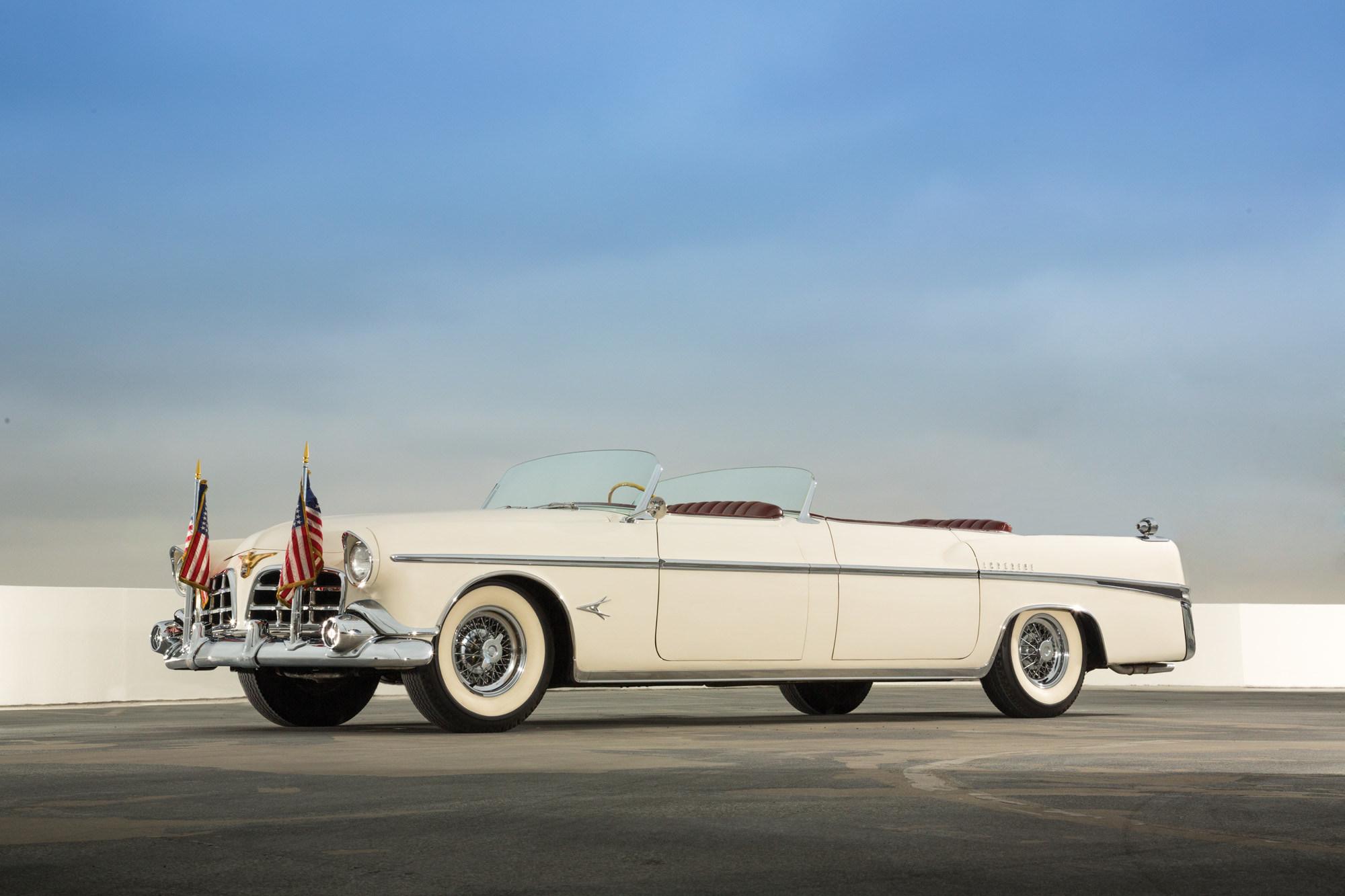 Chrysler_Imperial_Parade_Phaeton.jpg