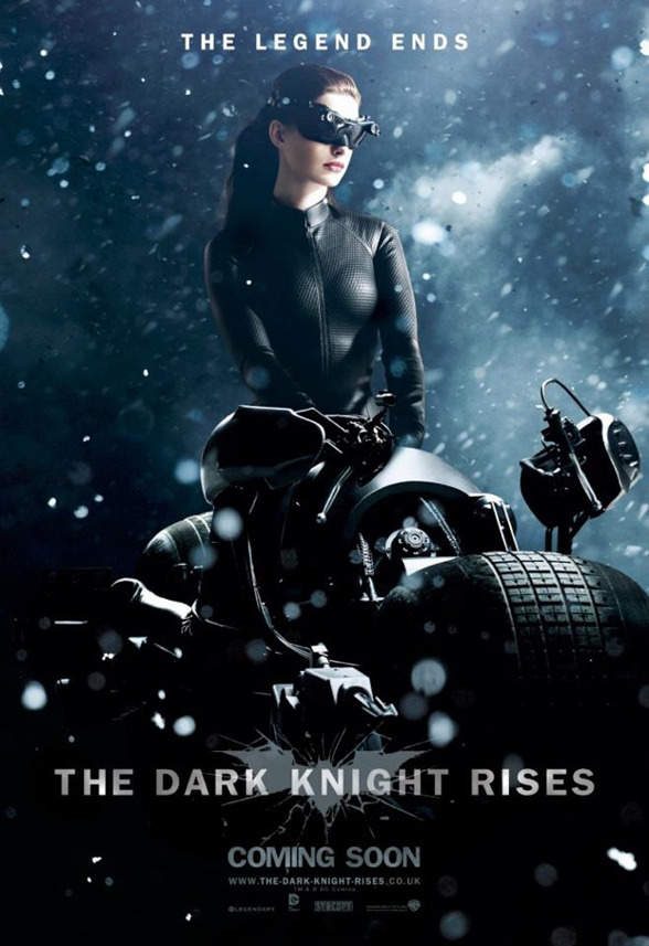 "Nuevo poster de Catwoman en ""THE DARK KNIGHT RISES"""