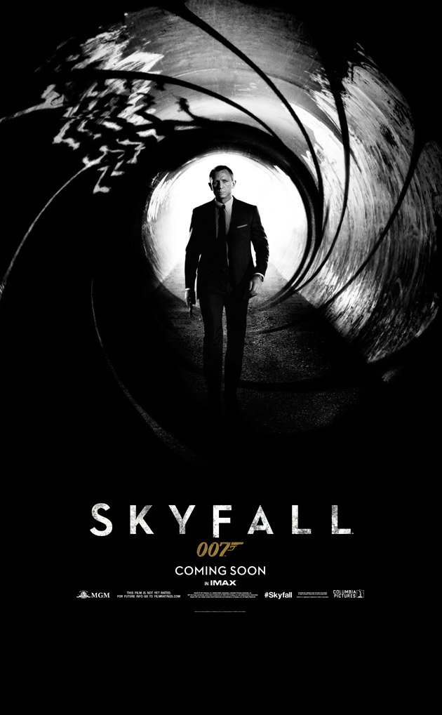 "Poster de ""SKYFALL"" la nueva de James Bond."