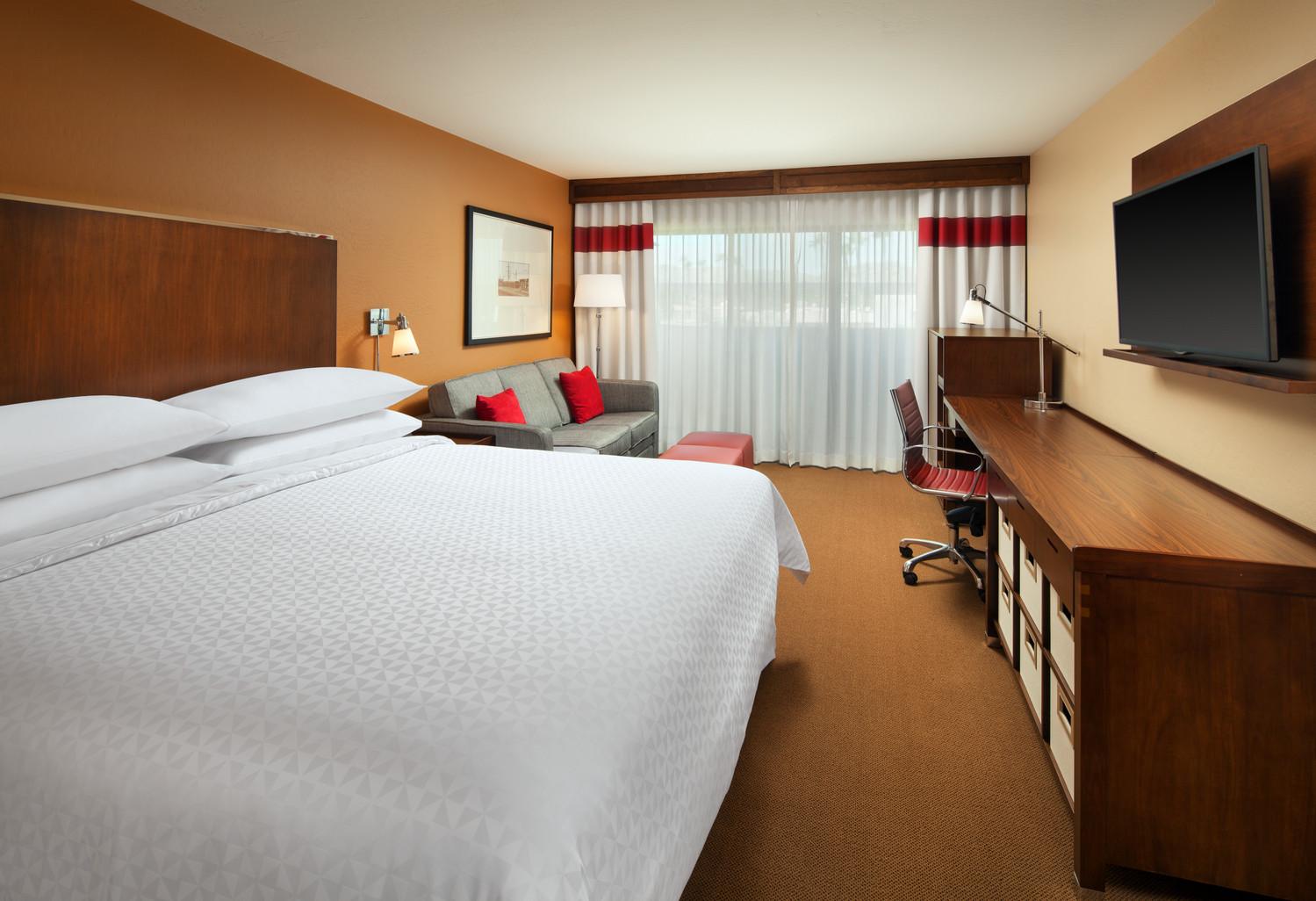 Standard King Guest Room.jpg