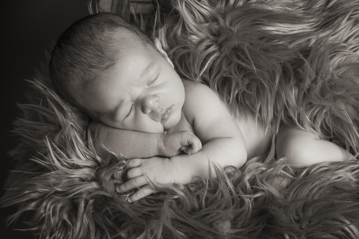 Rawly-Friedman-Newborn-Images_0191.jpg
