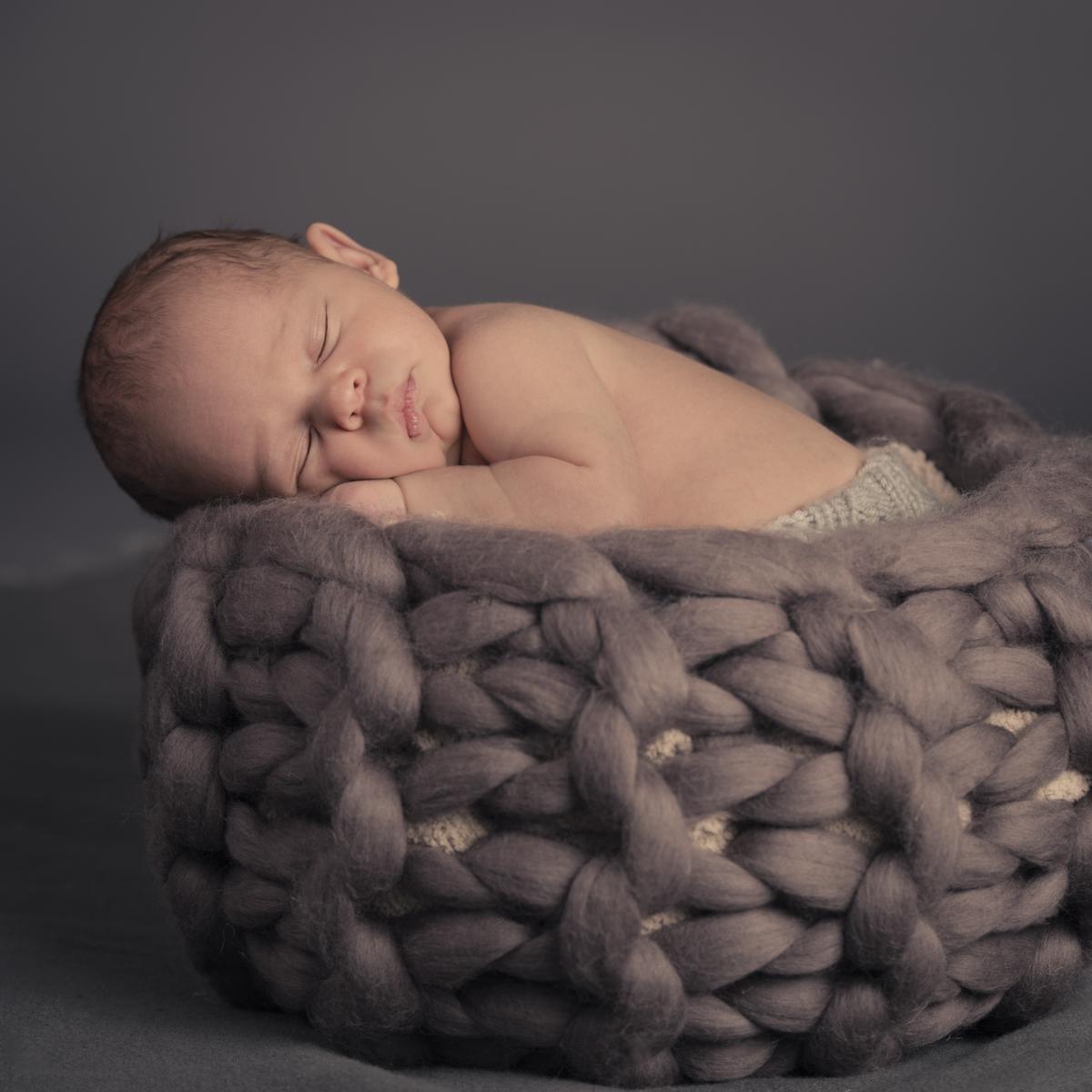 Wilder-Crist-Newborn-2017_003.jpg