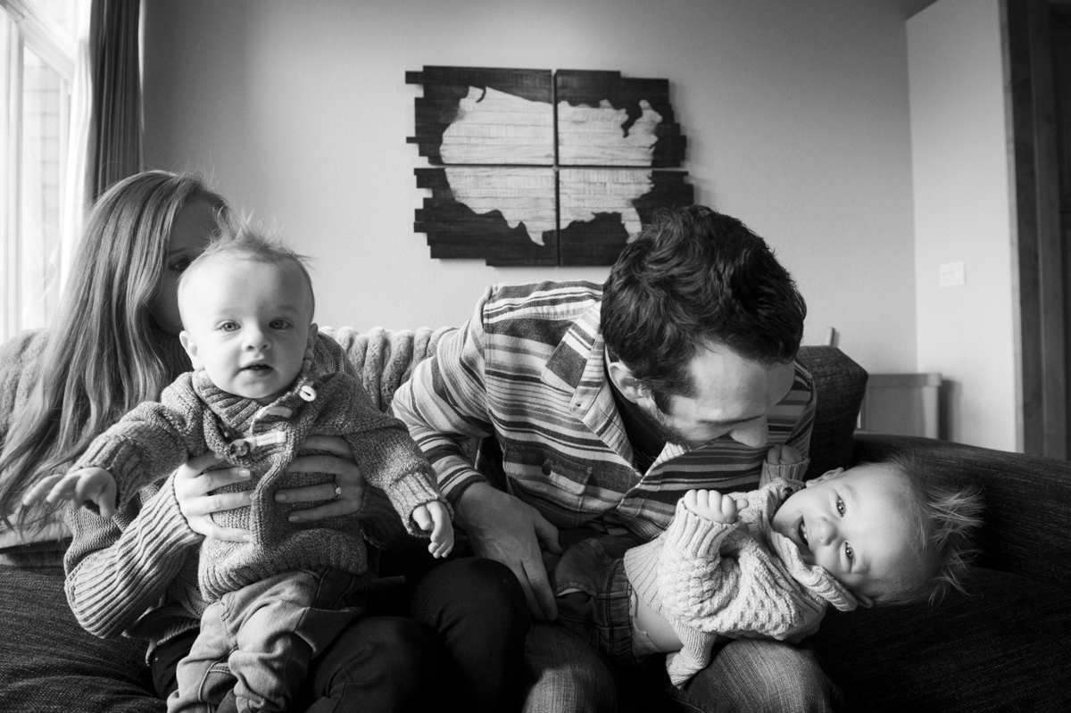 Wall-Family-6-Months_009.jpg
