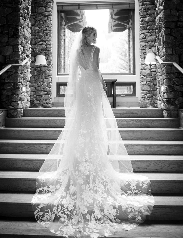 bridalparty_elegant_reception_dancing_trailcreek-015.jpg