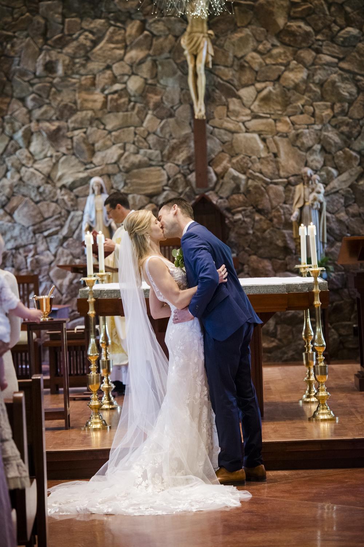 bridalparty_elegant_reception_dancing_trailcreek-035.jpg