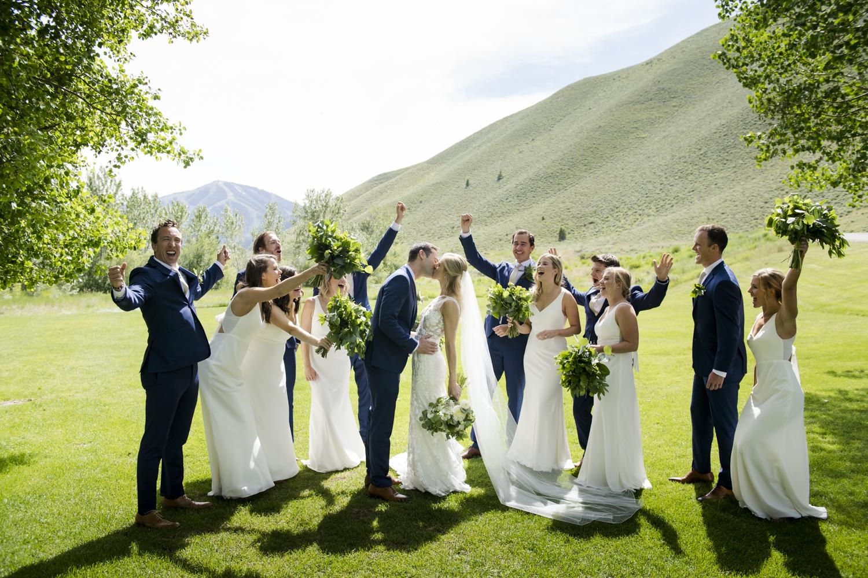 bridalparty_elegant_reception_dancing_trailcreek-039.jpg