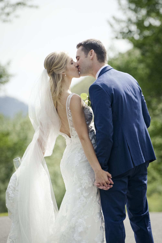 bridalparty_elegant_reception_dancing_trailcreek-046.jpg