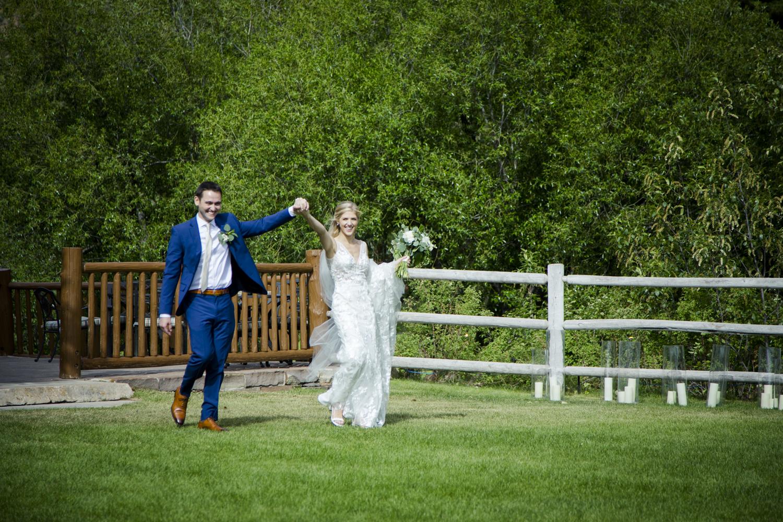 bridalparty_elegant_reception_dancing_trailcreek-054.jpg