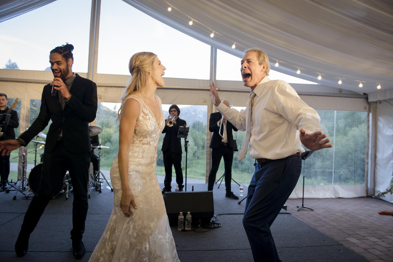 bridalparty_elegant_reception_dancing_trailcreek-075.jpg