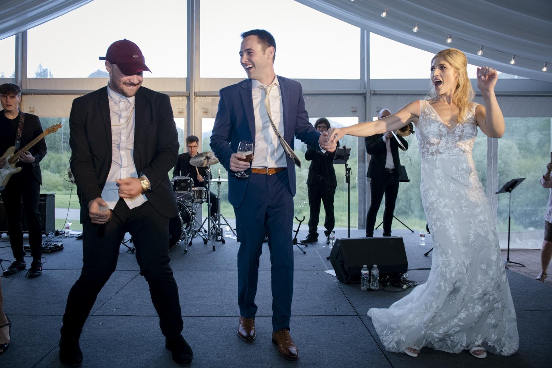 bridalparty_elegant_reception_dancing_trailcreek-076.jpg