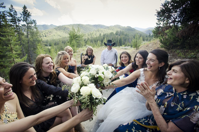 galena_mountains_vows_wedding-senatemeadows-035.jpg