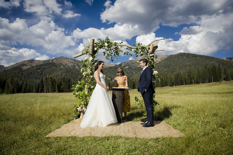 galena_mountains_vows_wedding-senatemeadows-039.jpg
