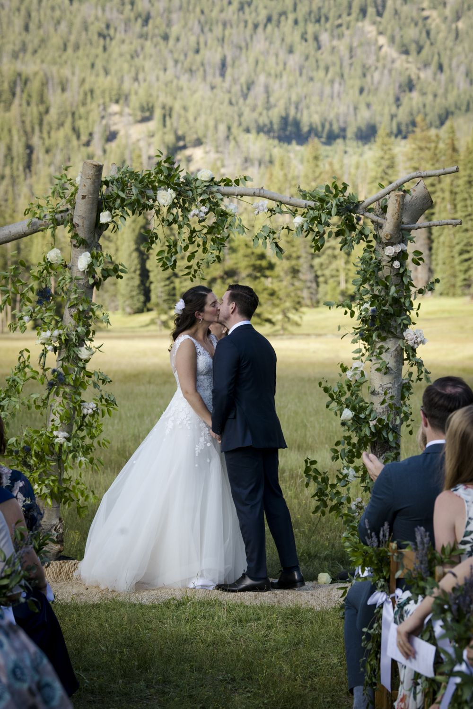 galena_mountains_vows_wedding-senatemeadows-045.jpg