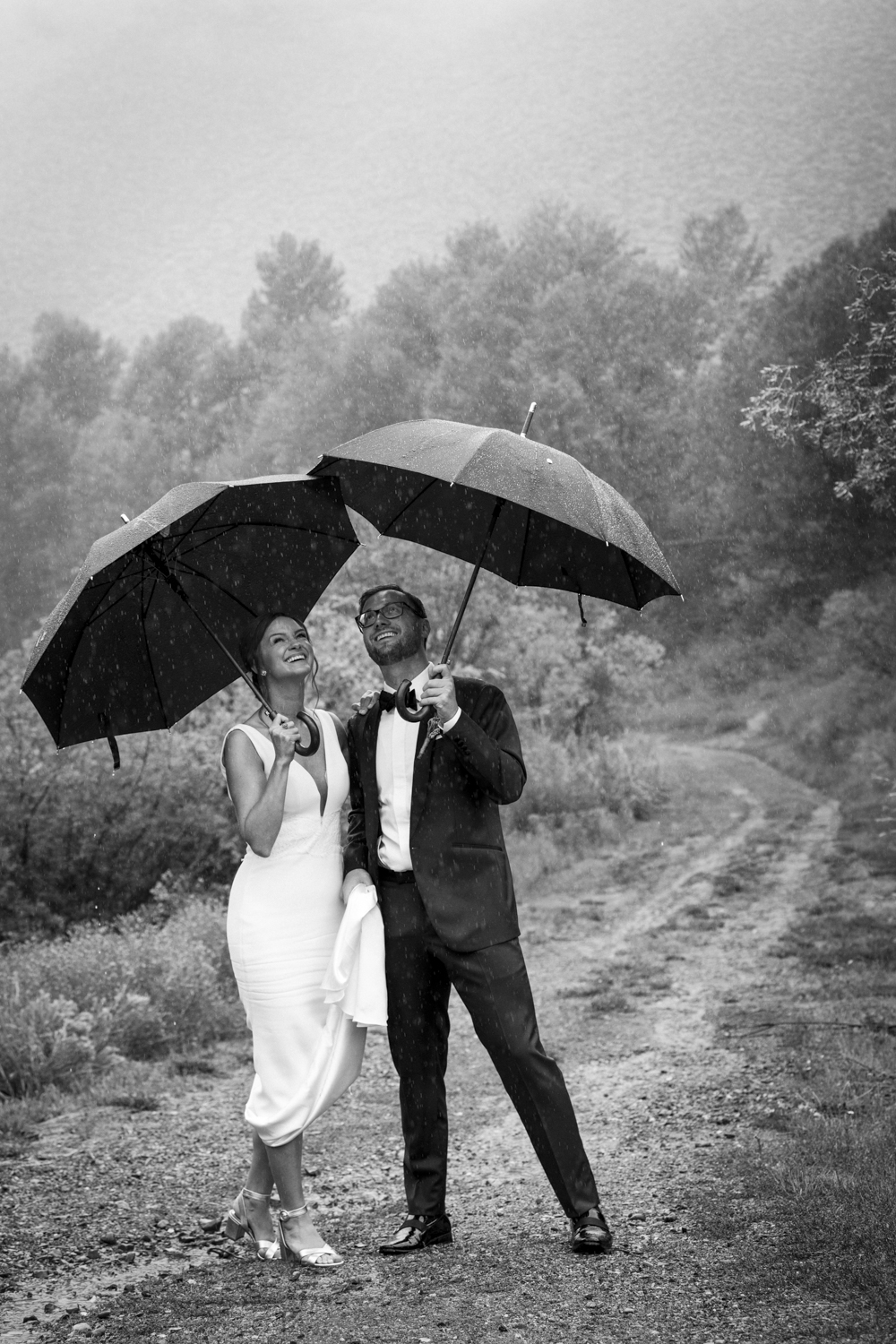 trailcreek_rainy_wedding-001.jpg