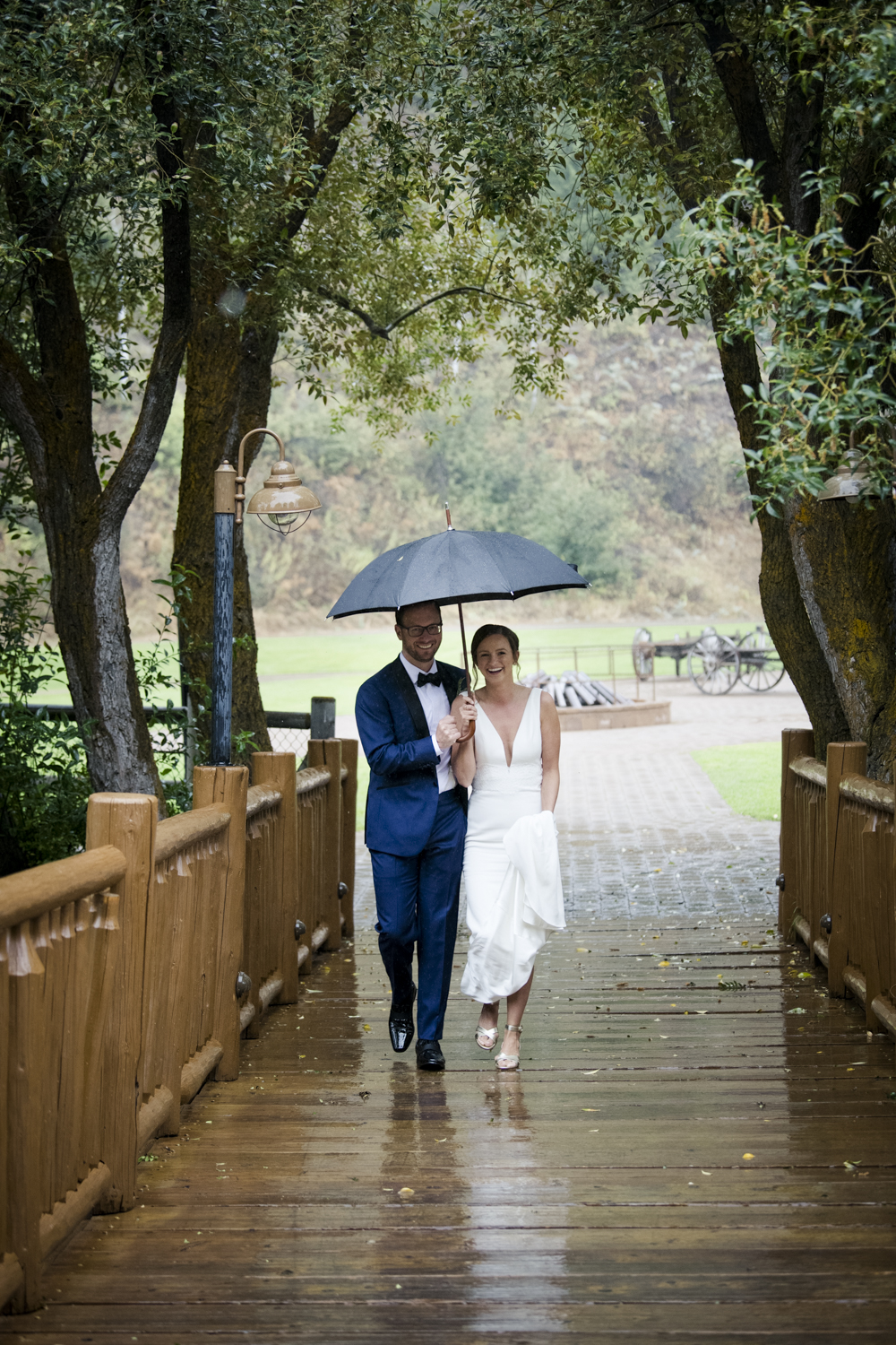 trailcreek_rainy_wedding-019.jpg