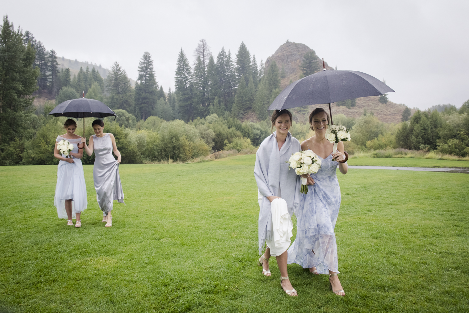 trailcreek_rainy_wedding-027.jpg