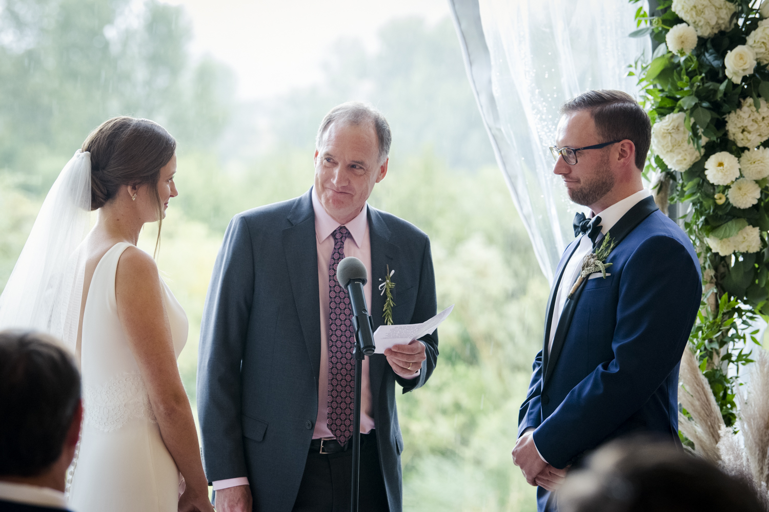 trailcreek_rainy_wedding-040.jpg