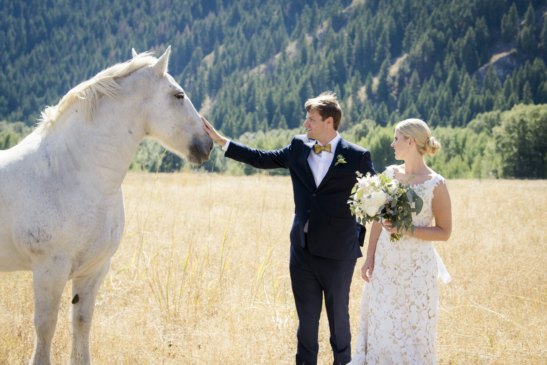 eclectic-highend-classic-romantic-wedding-003.jpg