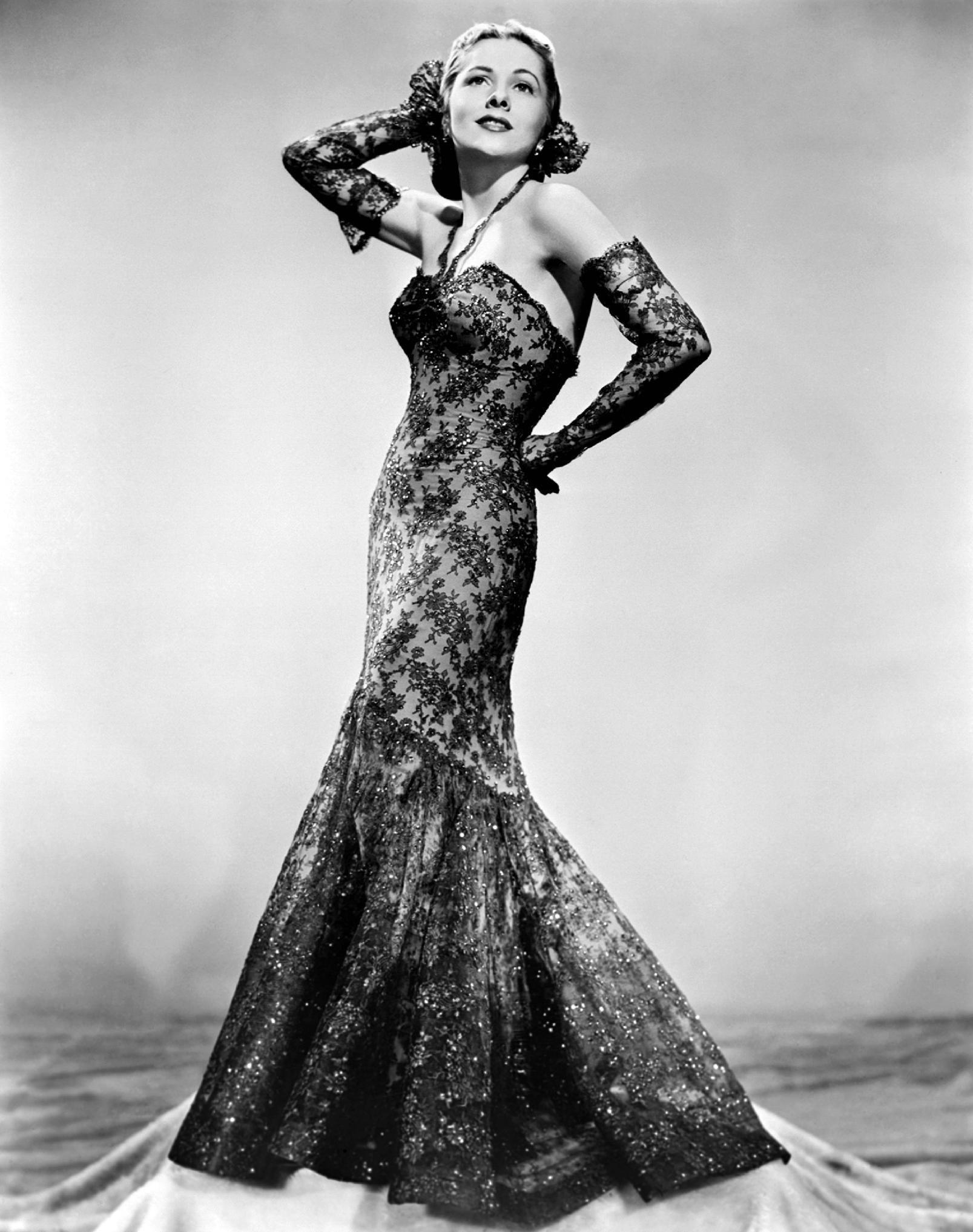Joan Fontaine 4.jpg
