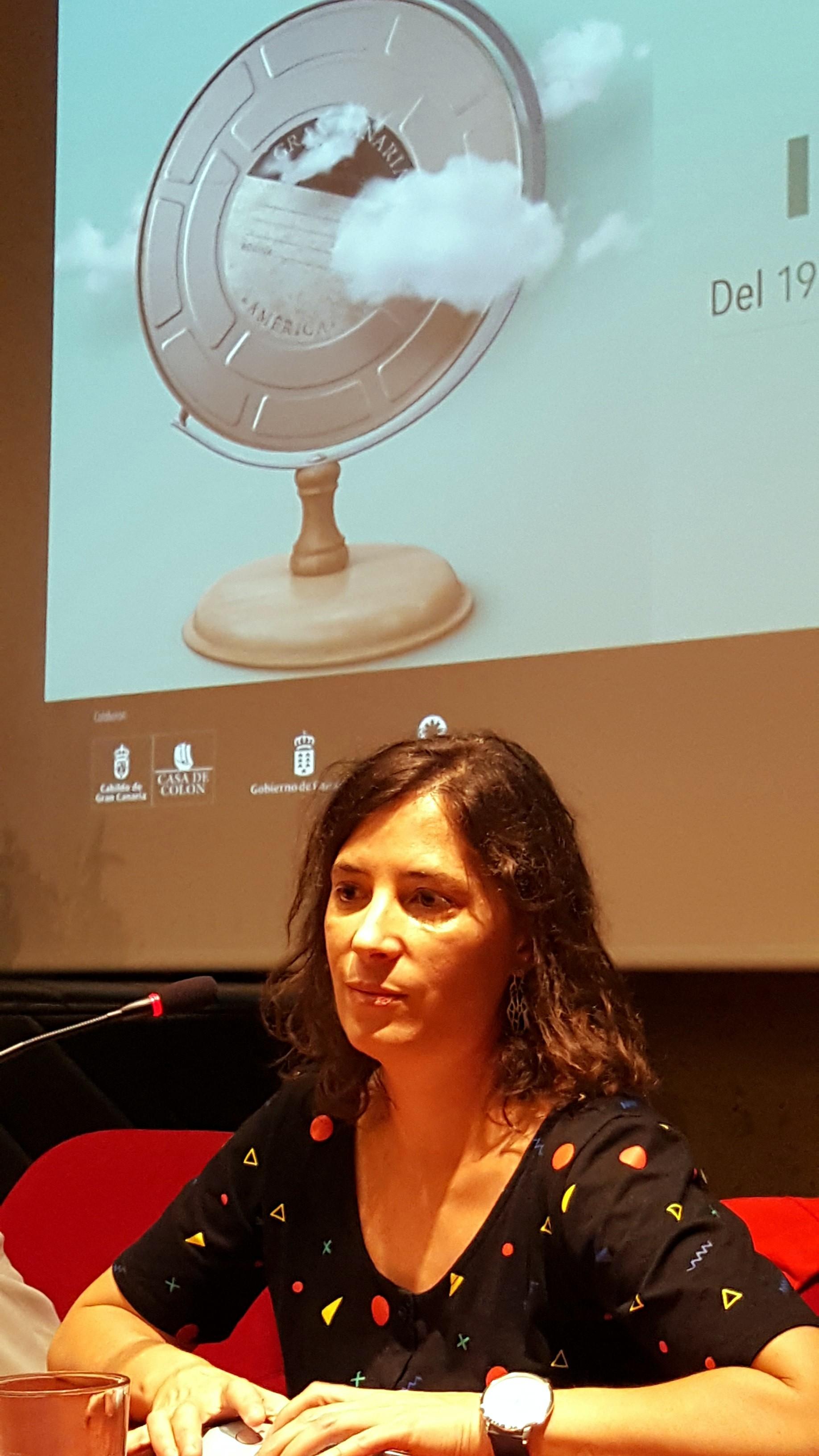 La cineasta Milagros Mumenthaler en un momento de la rueda de prensa.