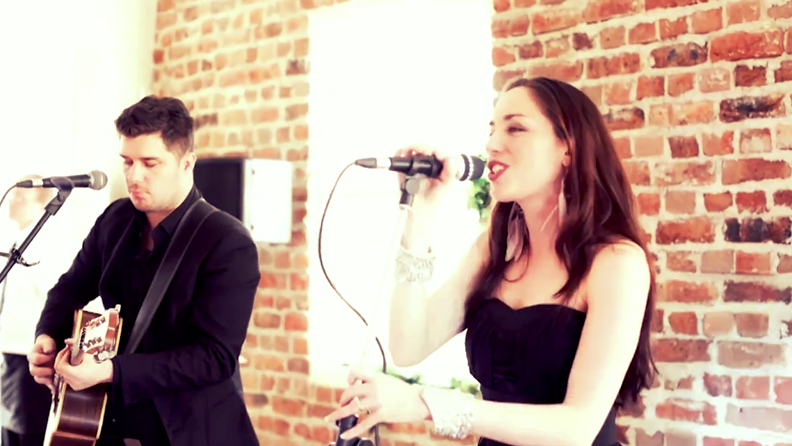Christmas Carols Duo - Perfect for a cosy Christmas Dinner Party!