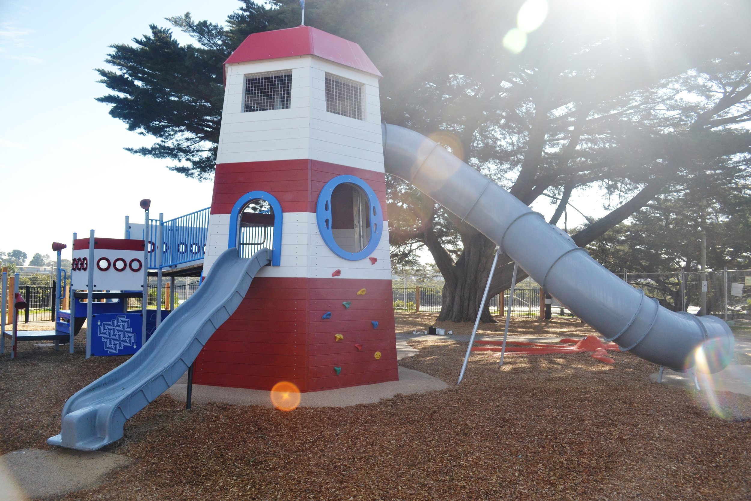 This custom lighthouse tower in Tooradin as been a real hit amongst the community. .
