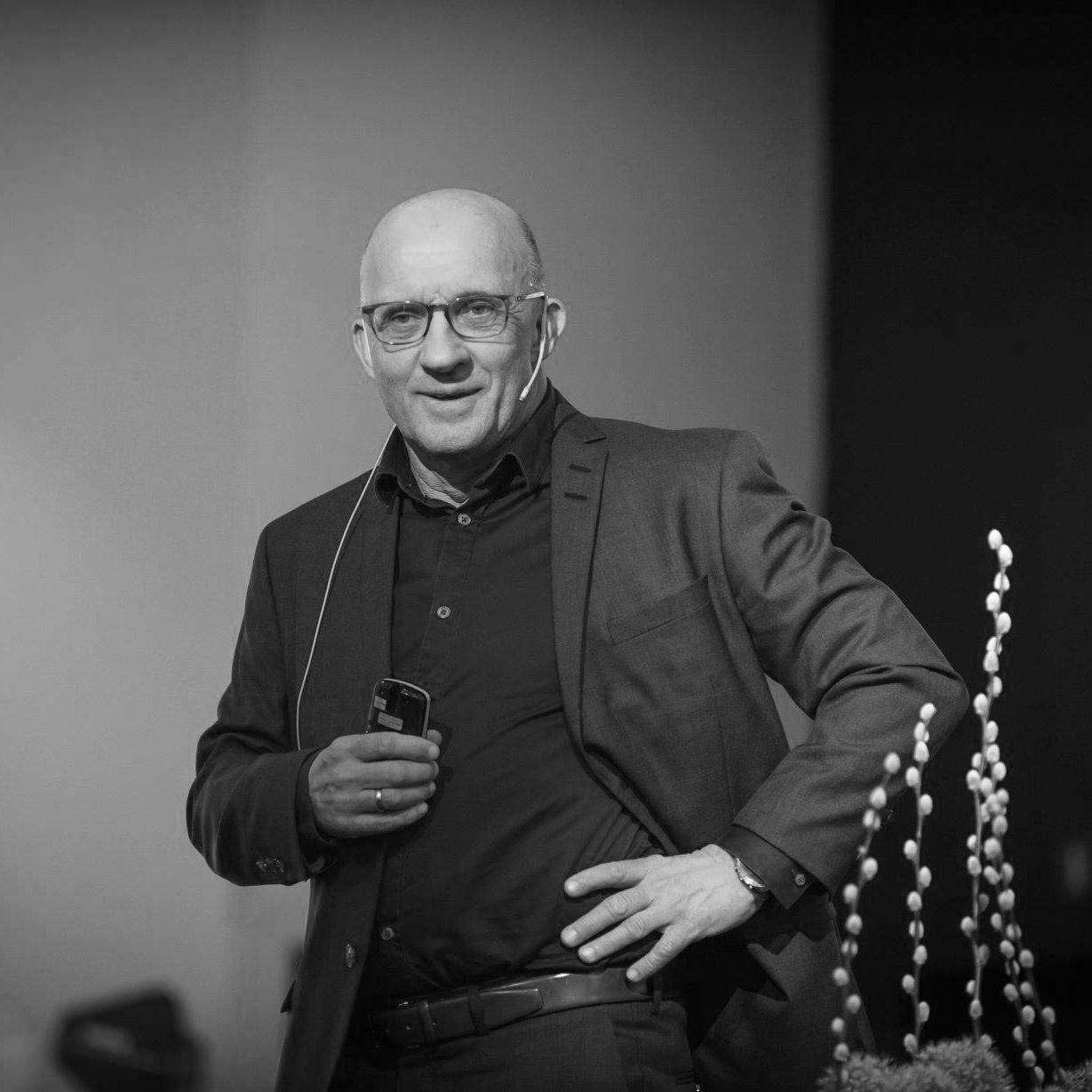 Trond Haukedal, Psykolog, forfatter og flere ganger prisbelønnet foredragsholder.