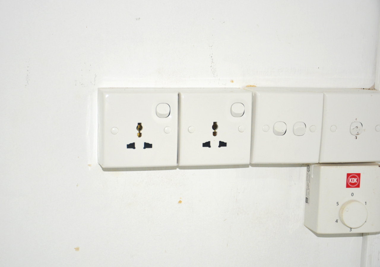 International Plugs, No Need for Adaptors