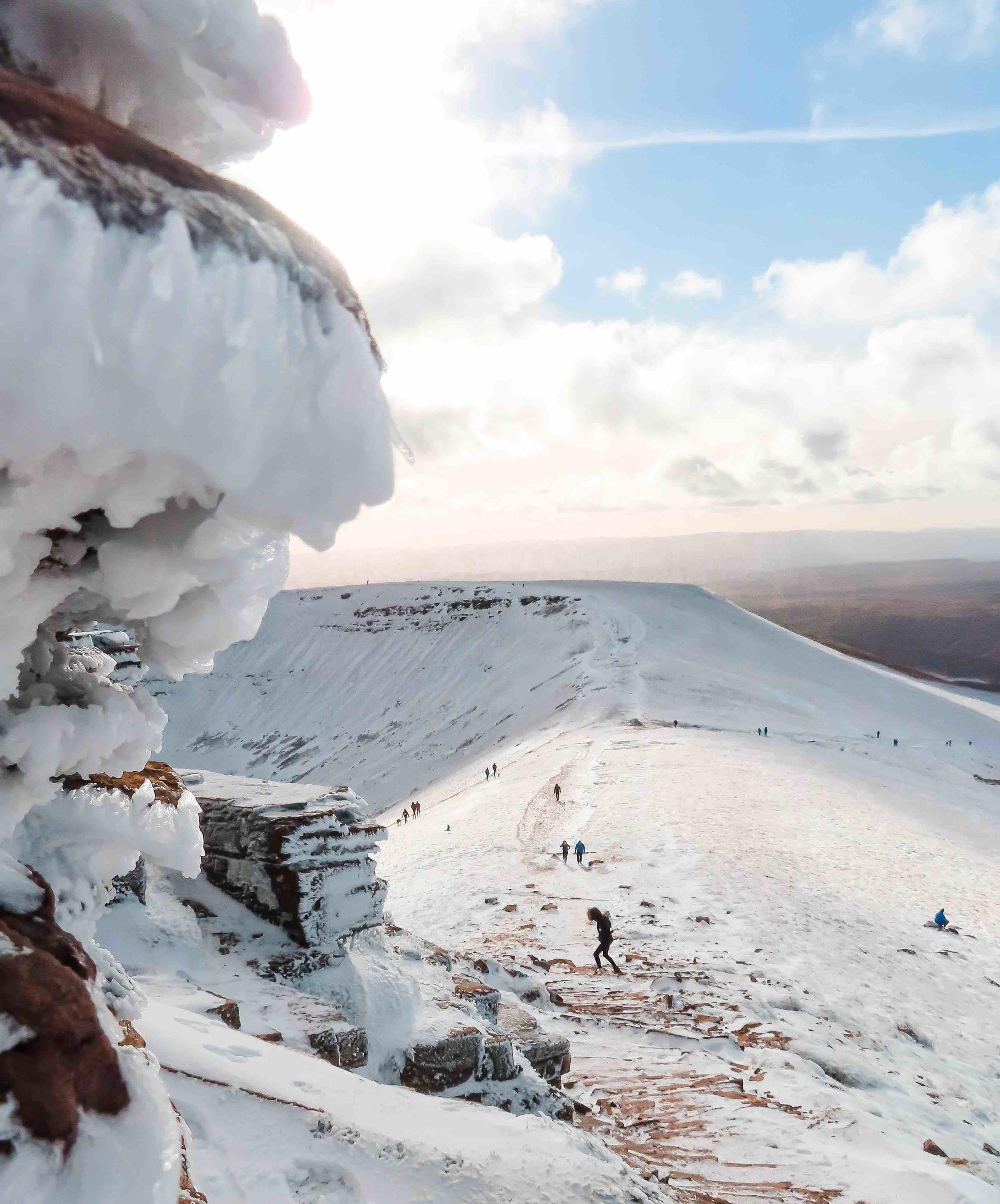 mountain-snow.jpg