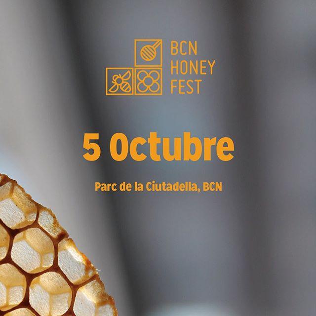 Si quieres participar con una parada de divulgación y/o venta entra en www.BCN Honey Fest.com y rellena el formulario. 🍃Queremos que ésta edición tenga un formato reducido con gran variedad de producto y por ello habrá un proceso de selección a través del cual se valorará la calidad, originalidad y participación a nivel divulgativo. Una vez seleccionados recibiréis un correo con la información para realizar el pago definitivo.🍃 #bcnhoneyfest #urbanbees #bees #honeybee #beefestival #honeyfest #barcelona #greencity #abejas #festival