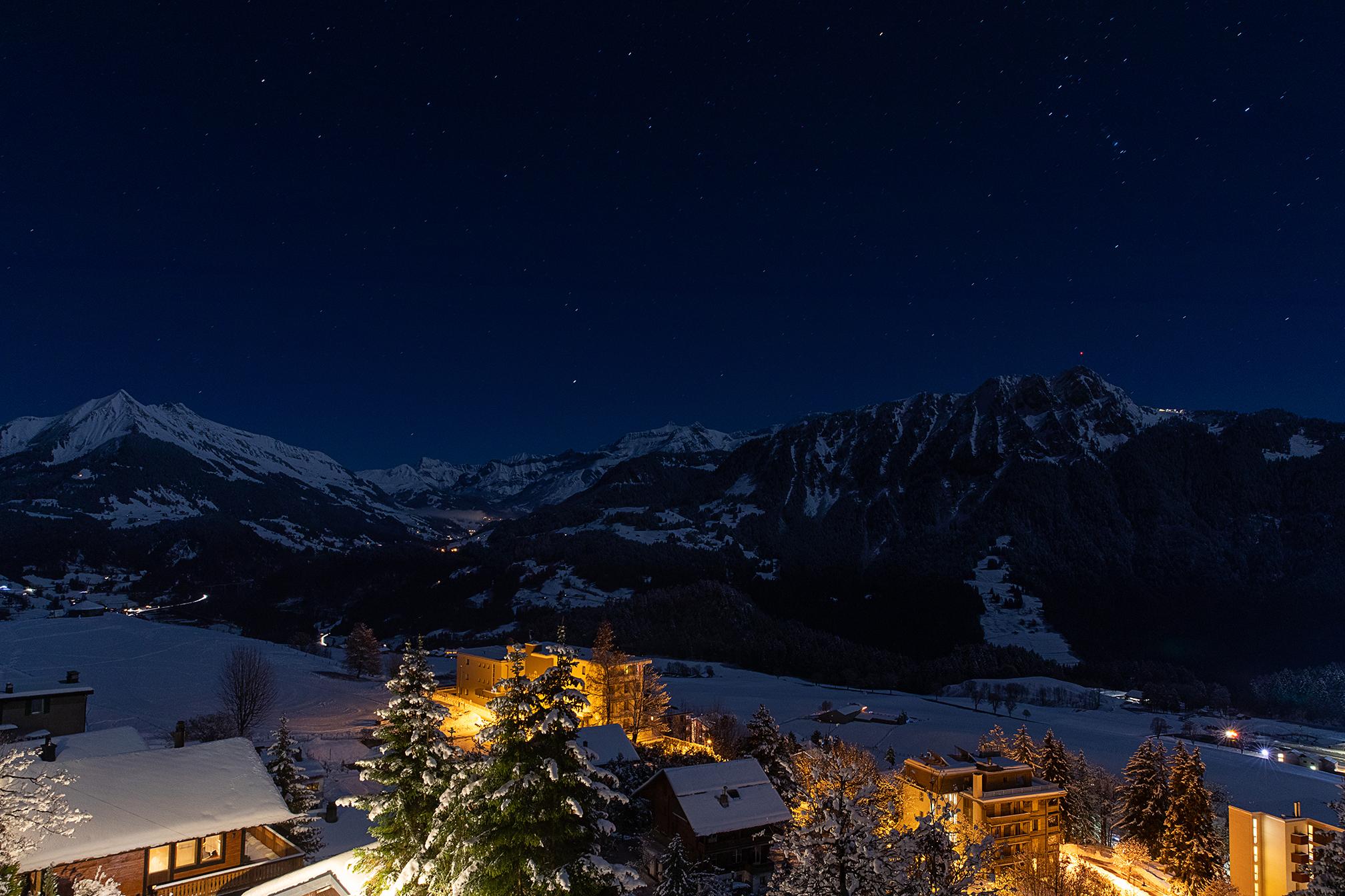 Swiss-171218-winterland-0184-2.jpg
