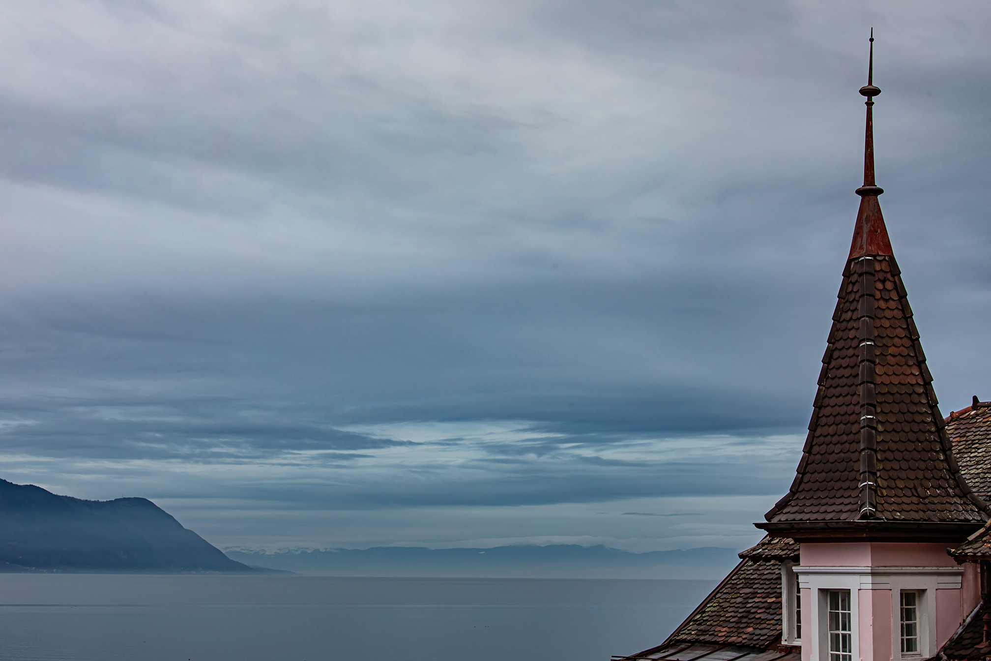 Swiss-231218-winterland-0871.jpg