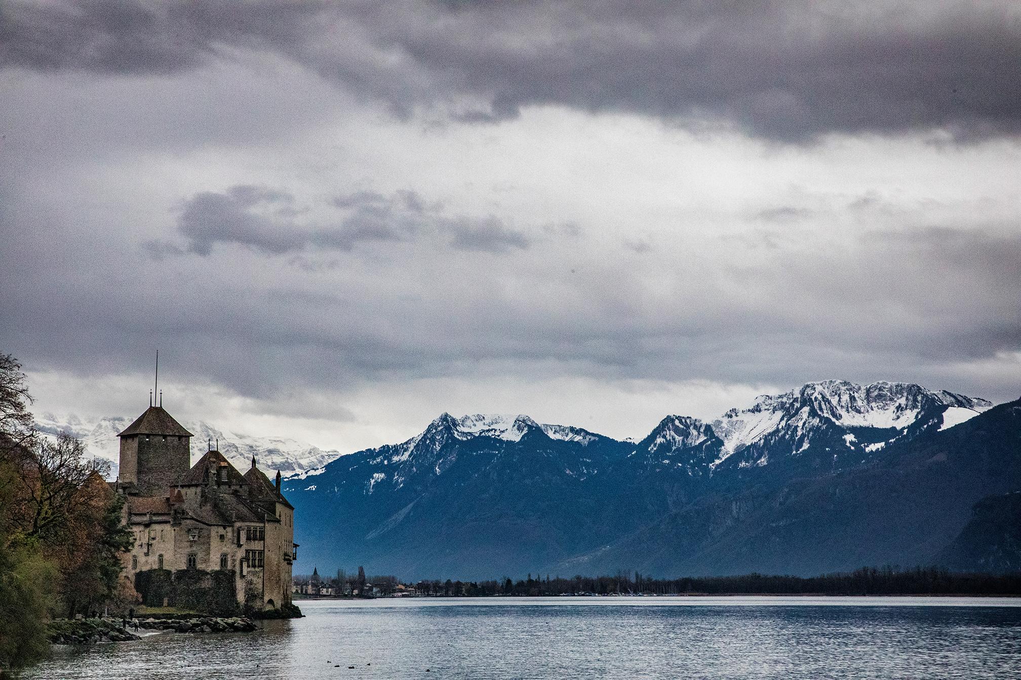 Swiss-231218-winterland-1104.jpg