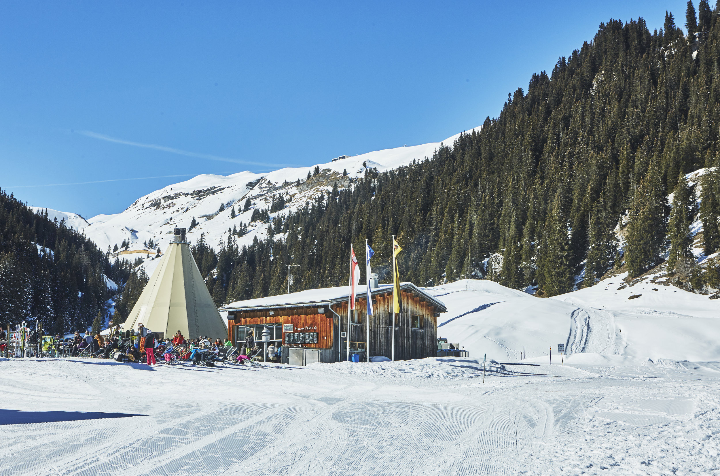La Vacca teepee set against the mountains of Flims