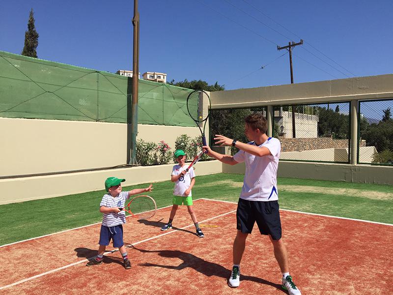 Powder Byrne's LTA-accredited tennis coach