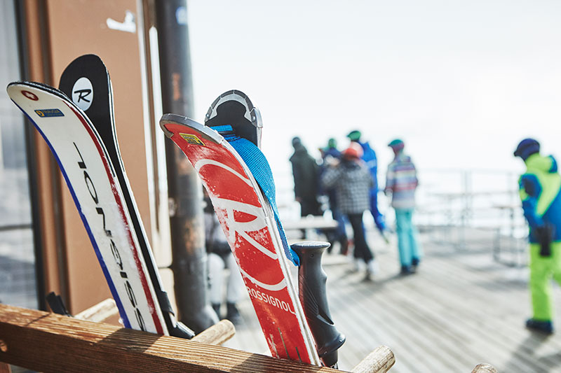 JB_PB_Flims02_skis.jpg