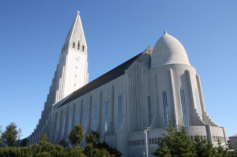 reykjavik-1698578_1920.jpg