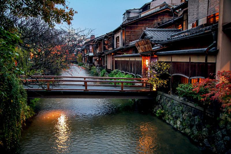kyoto-2429487_1920-min.jpg