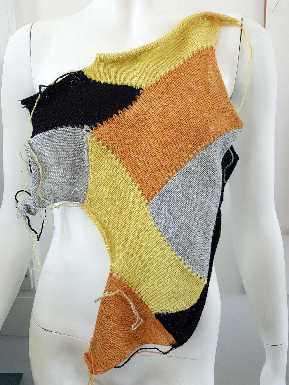 Burns, R. 2018. Modular Machine Knitting 2. Photograph.