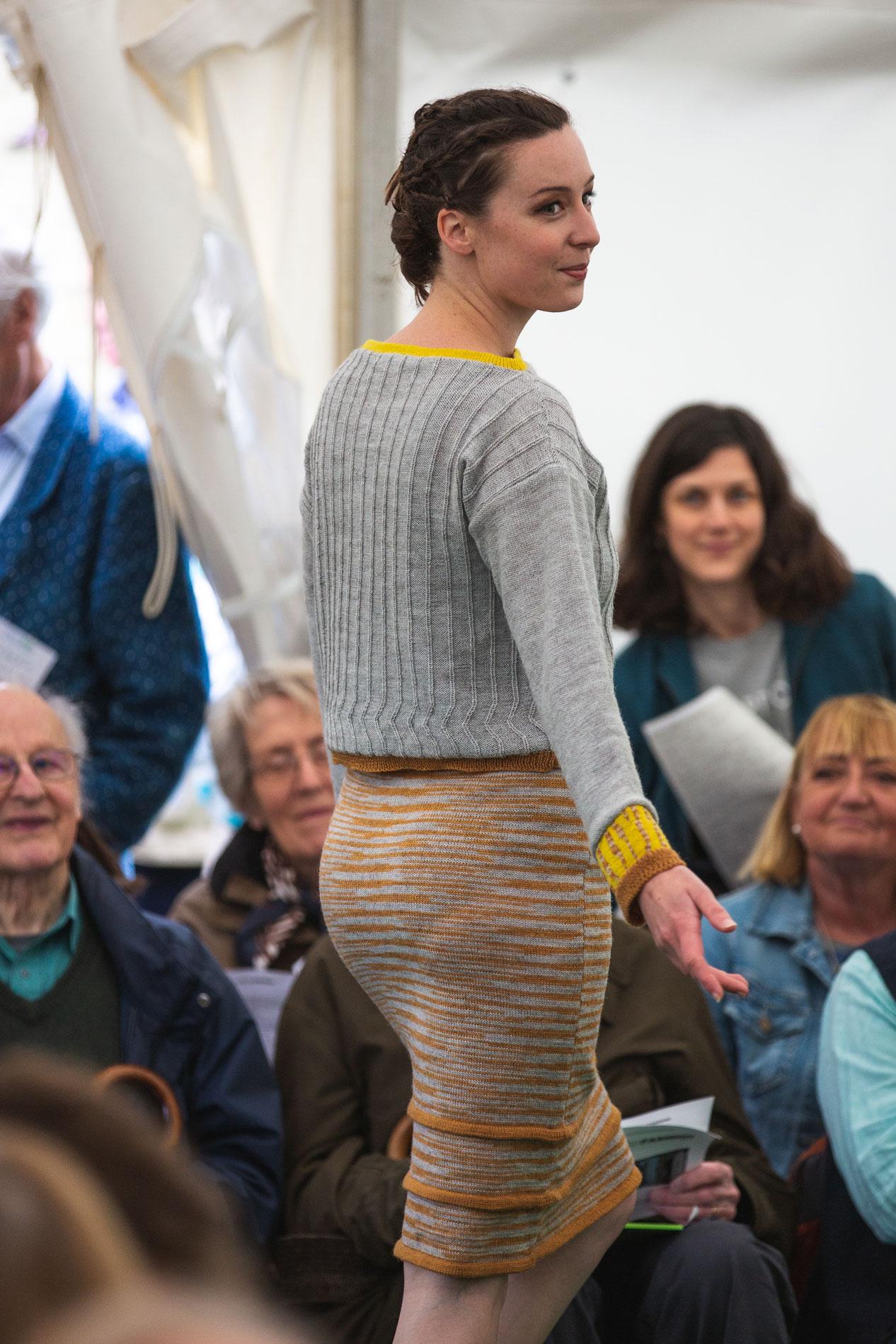 ria-burns-knitwear-fresh-air-fashion-2019-jumper-skirt-knitted-naturally-dyed-2.jpg