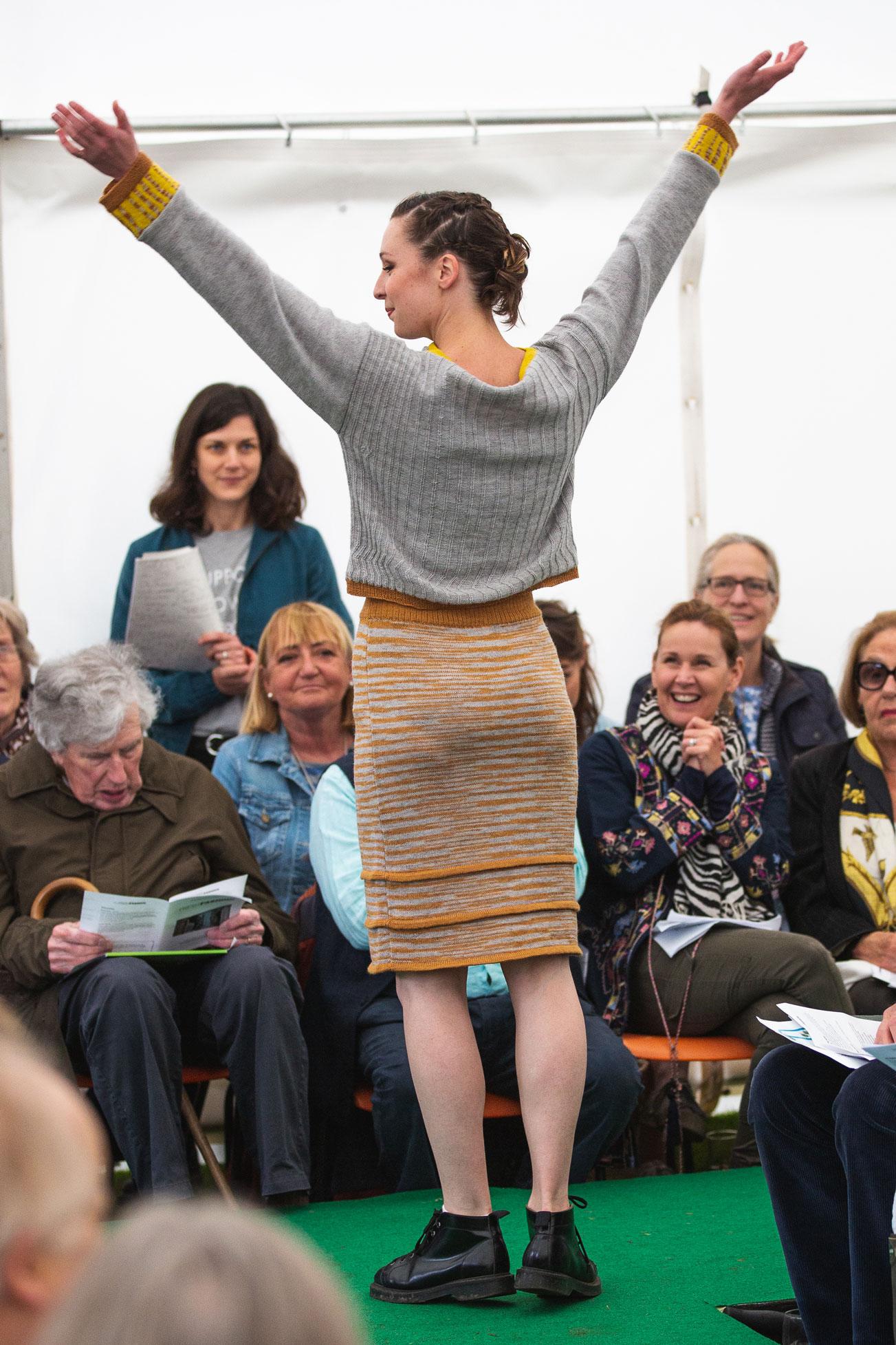 ria-burns-knitwear-fresh-air-fashion-2019-jumper-skirt-knitted-naturally-dyed.jpg