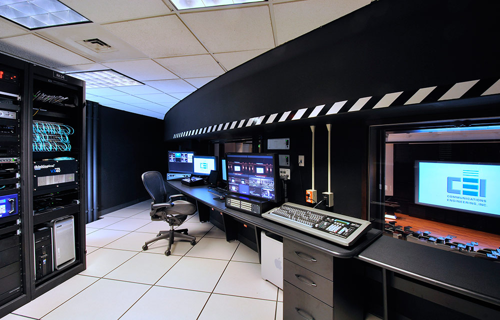 Medical-Research-ControlRoomCEI.jpg