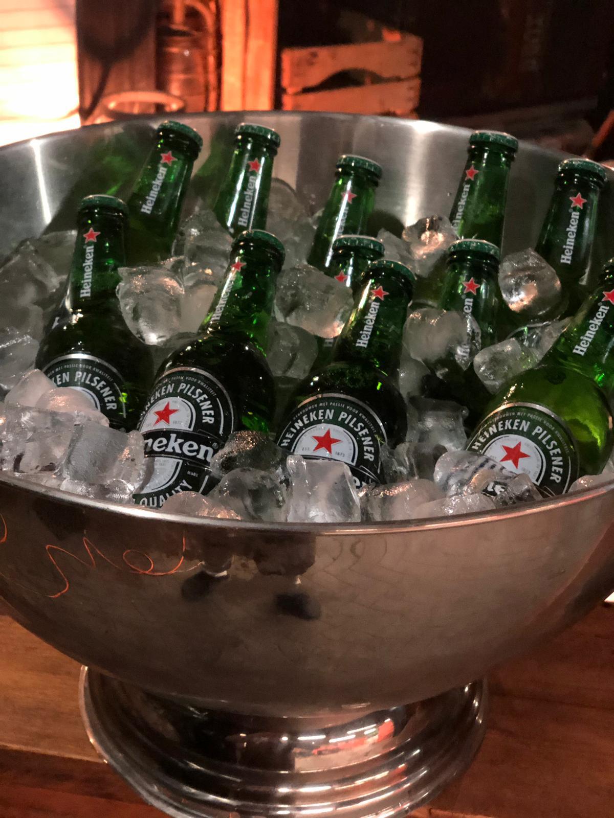 Heineken Star Bottle in Ijzeren bowl