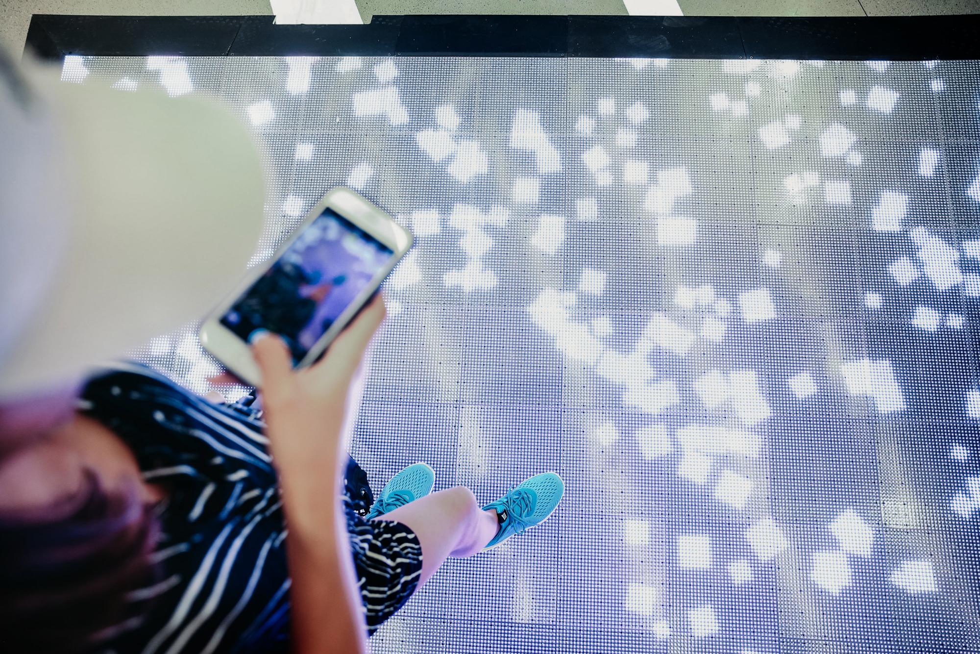 showcase-adidas-closeup3.jpg