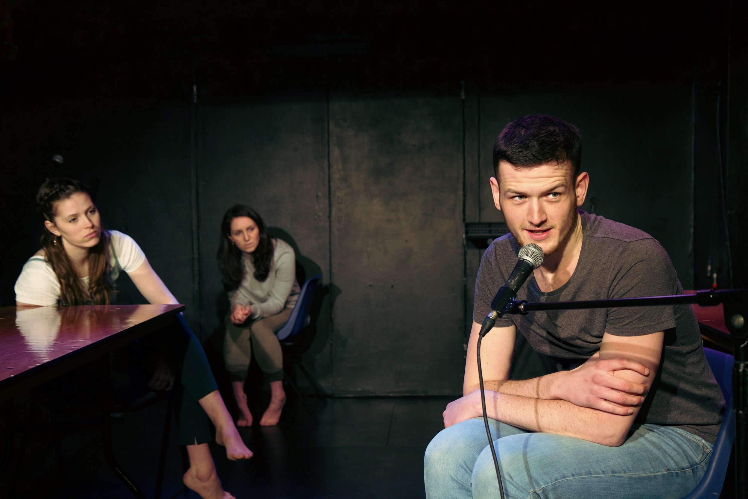 Comet - Alexandra Laurence, Hannah Parker and Ross Ford - Photograph Duncan Harte - (RE)PRESENTED