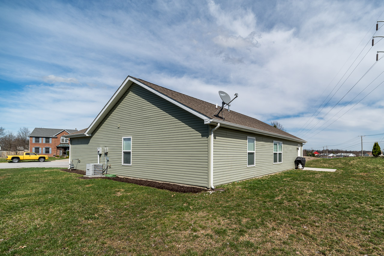 8911 Hickory Glen Tr-26.jpg